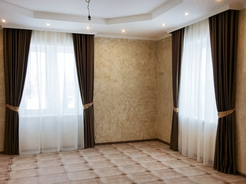 Какие шторы подходят для зала
