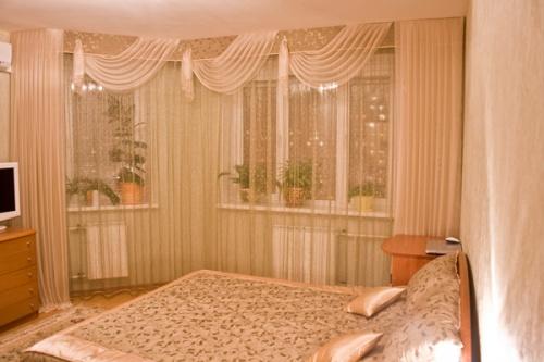 Советы дизайнера по выбору штор для небольшого помещения