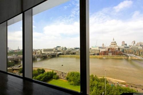 Как подобрать шторы на панорамные окна?