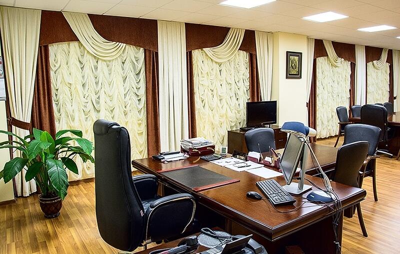 шторы в кабинет руководителя фото