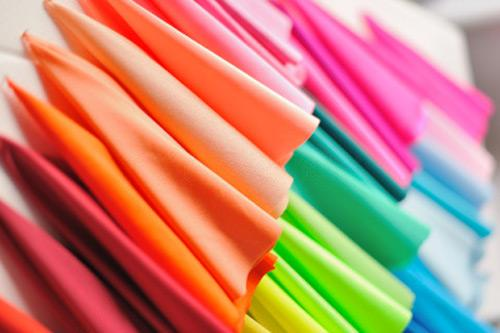 Обзор тканей для текстиля в интерьере