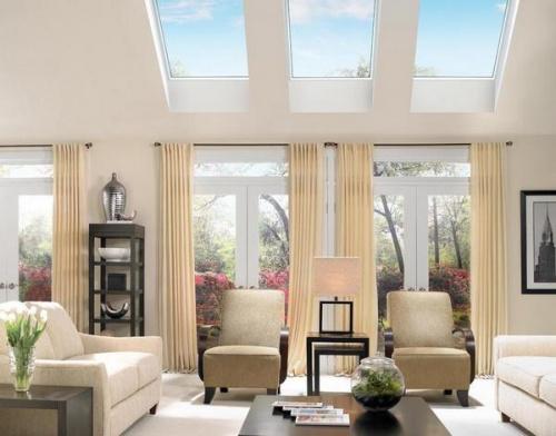 Какие шторы выбрать для окон в помещении со вторым светом?